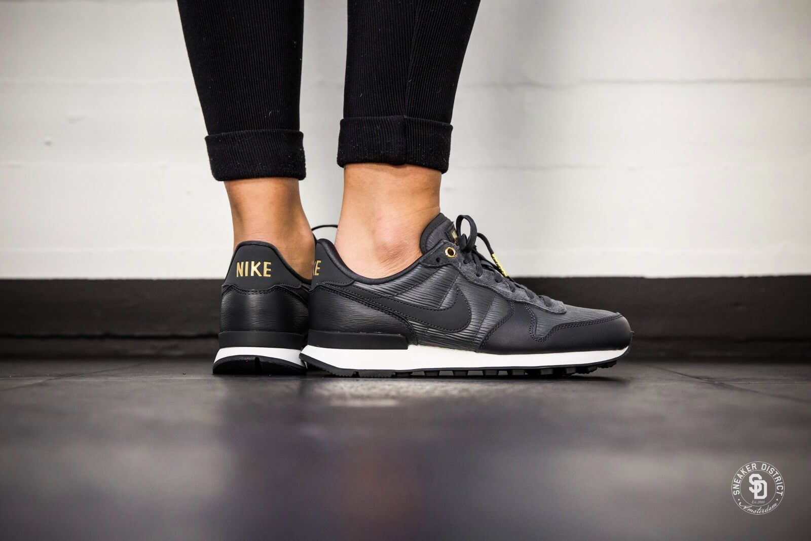 Nike Internationalist Premium Sneakers Women Nike
