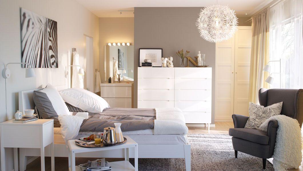 Wandfarbe! schlichte weiße Eleganz im Schlafzimmer For my Home