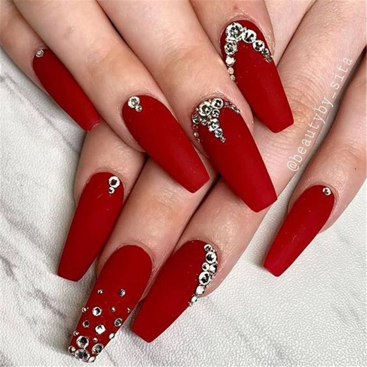 Pin By Karely T On Nails In 2020 Nails Design With Rhinestones Rhinestone Nails Red Matte Nails