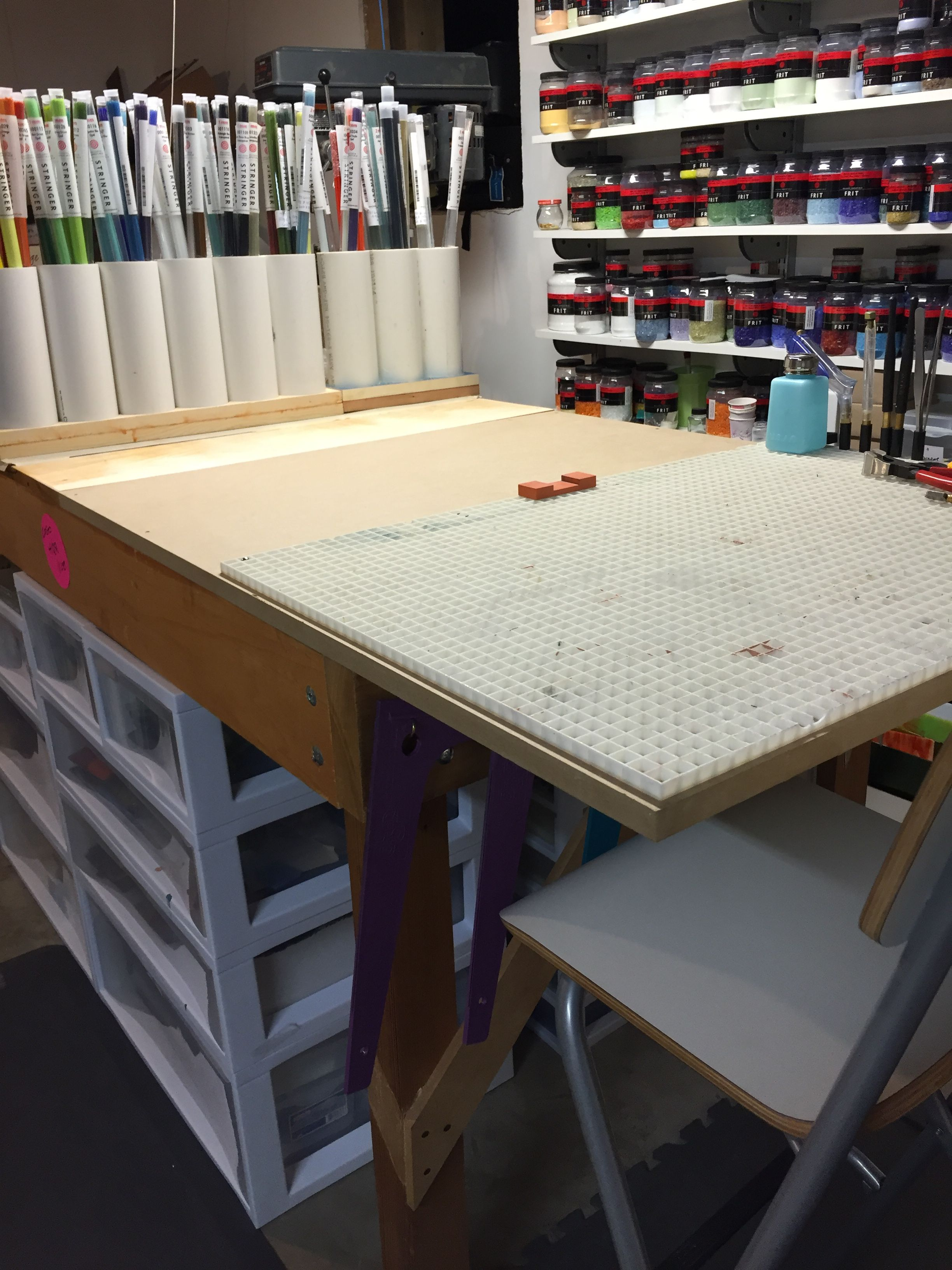CoGoGlass studio glass cutting table with frits and bits