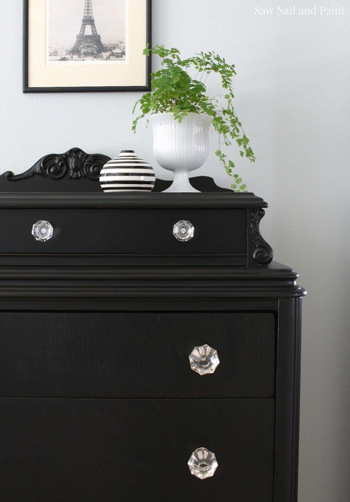 Vintage dresser in lamp black i 39 ve done this with a for Bedroom bureau knobs