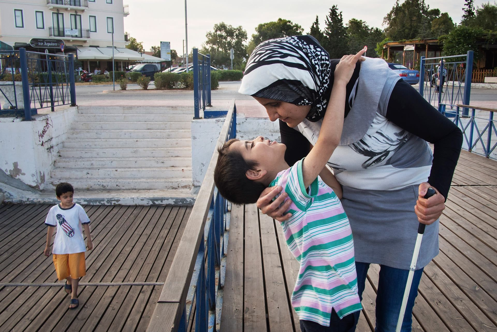War Drove Them From Syria Europe Has Torn Them Apart A Blind