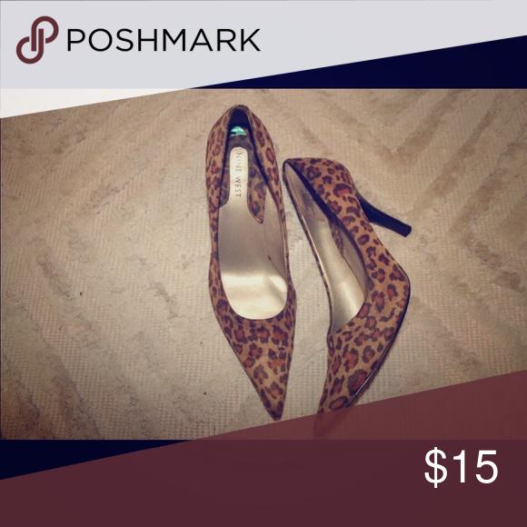 Heels Small heel, Nine West brand, size 8. Leopard. Shoes Heels