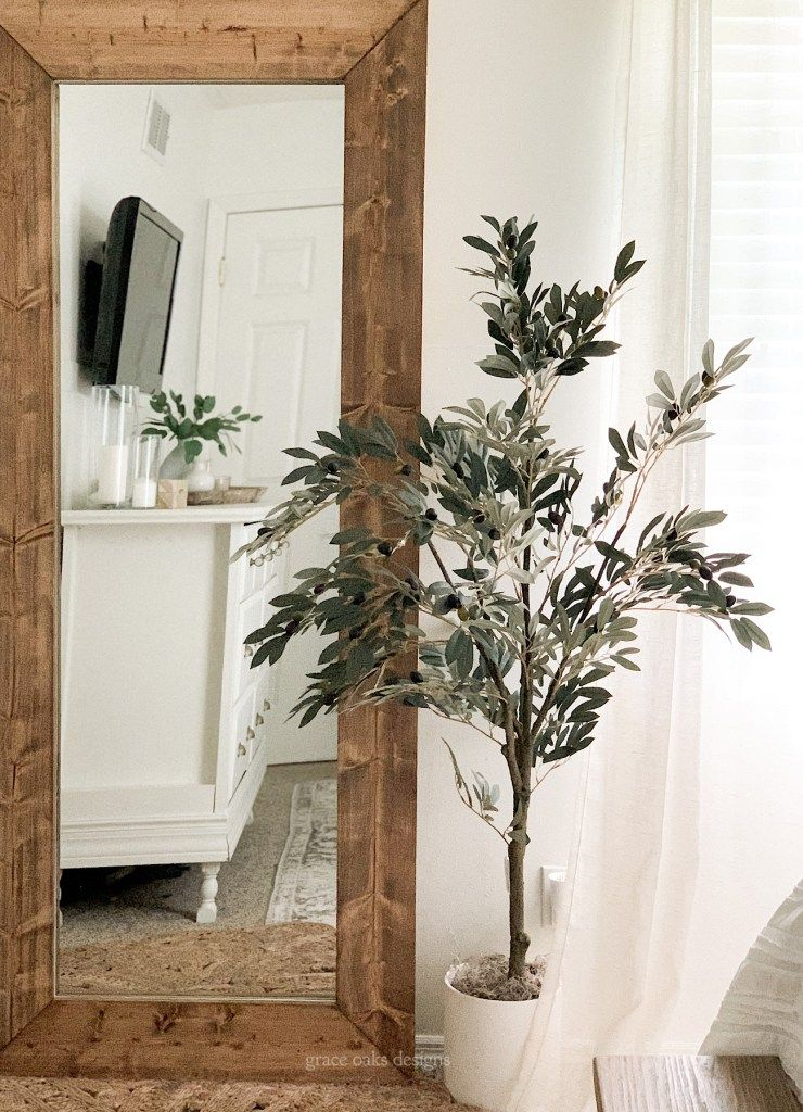Photo of DIY wood floor mirror for under $75