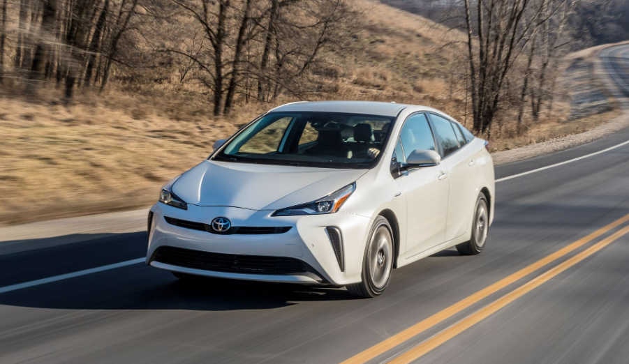 The 2020 Toyota Prius Owners Manual Can Help You In Many Ways It Is Suggested That You Read Through The Whole Manual Includ Toyota Prius Owners Manuals Prius