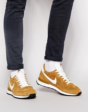 nike internationalist premium trainers