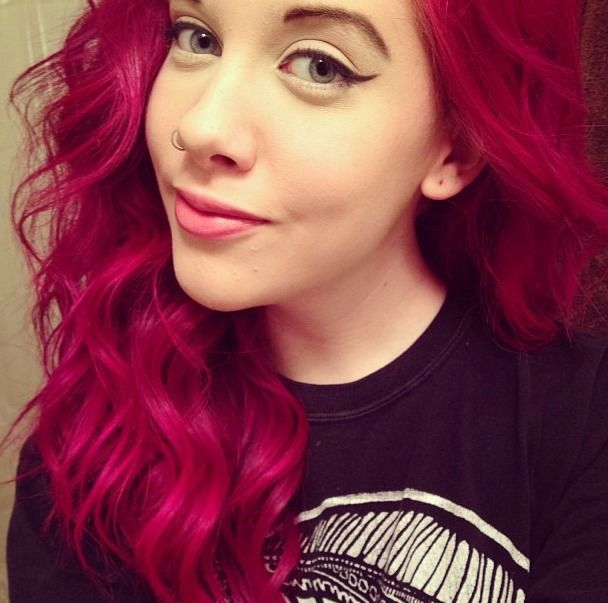These Wavy Raspberry Hued Locks Are Giving Us Major Hair Envy