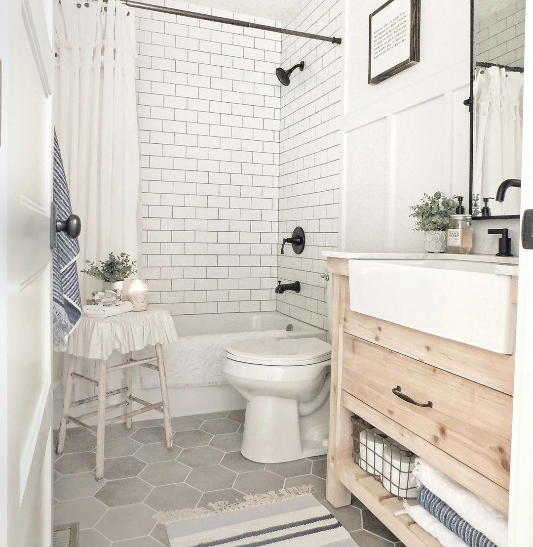 48 Beautiful Small Bathroom Design Ideas You Want Tried Yet #bathroomrenoideas