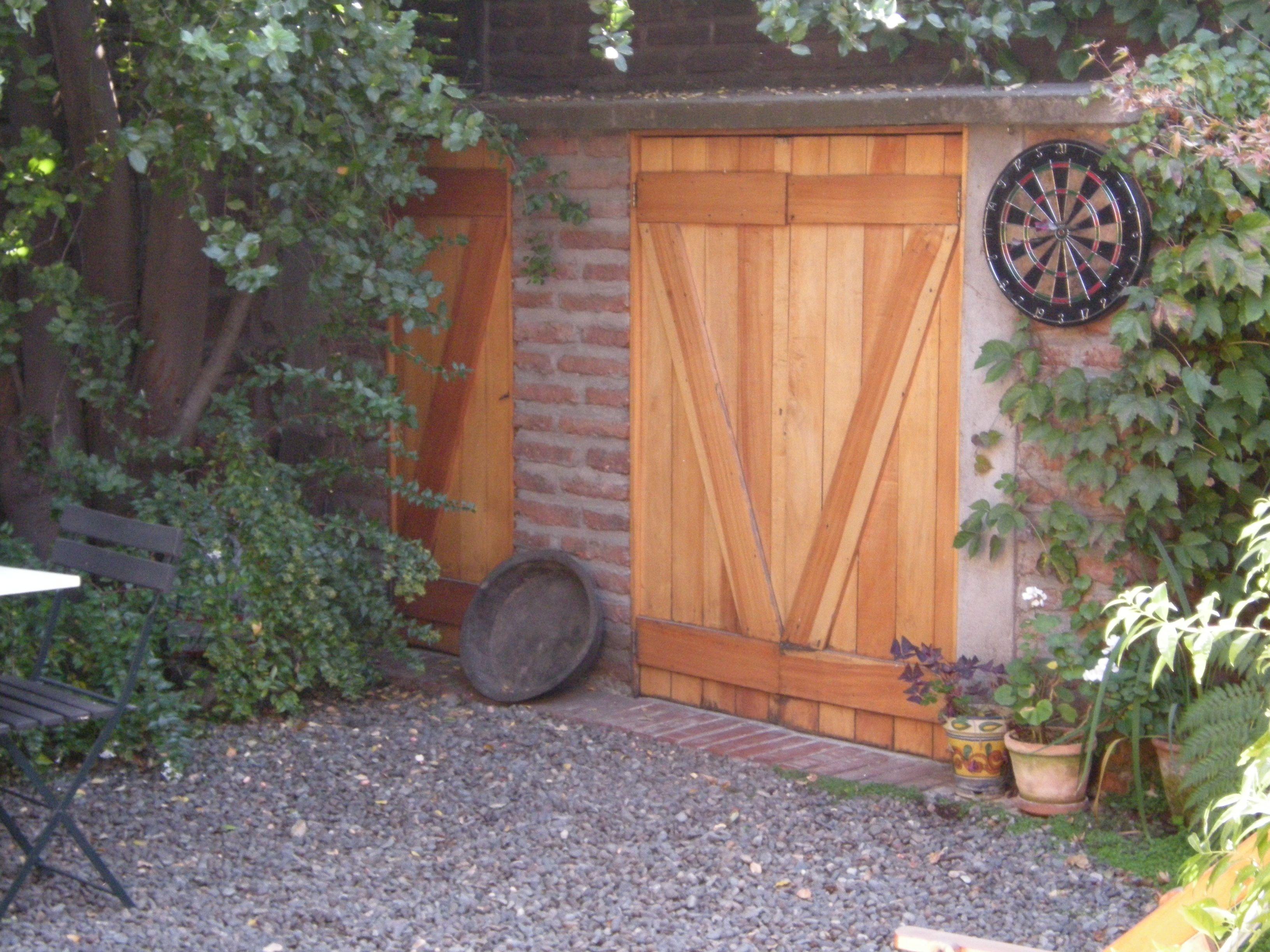 puerta de bodega