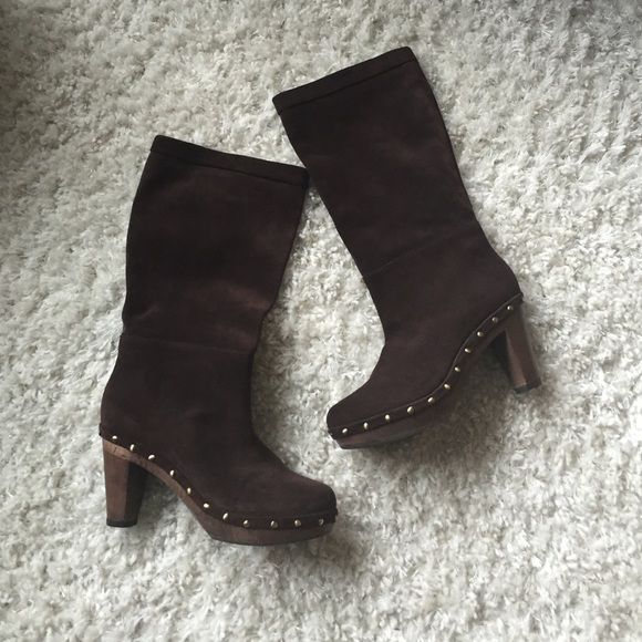 e9b1ba21fef 🎅Xmas Sale🎅Suede Boots Never worn Banana Republic suede boots with ...