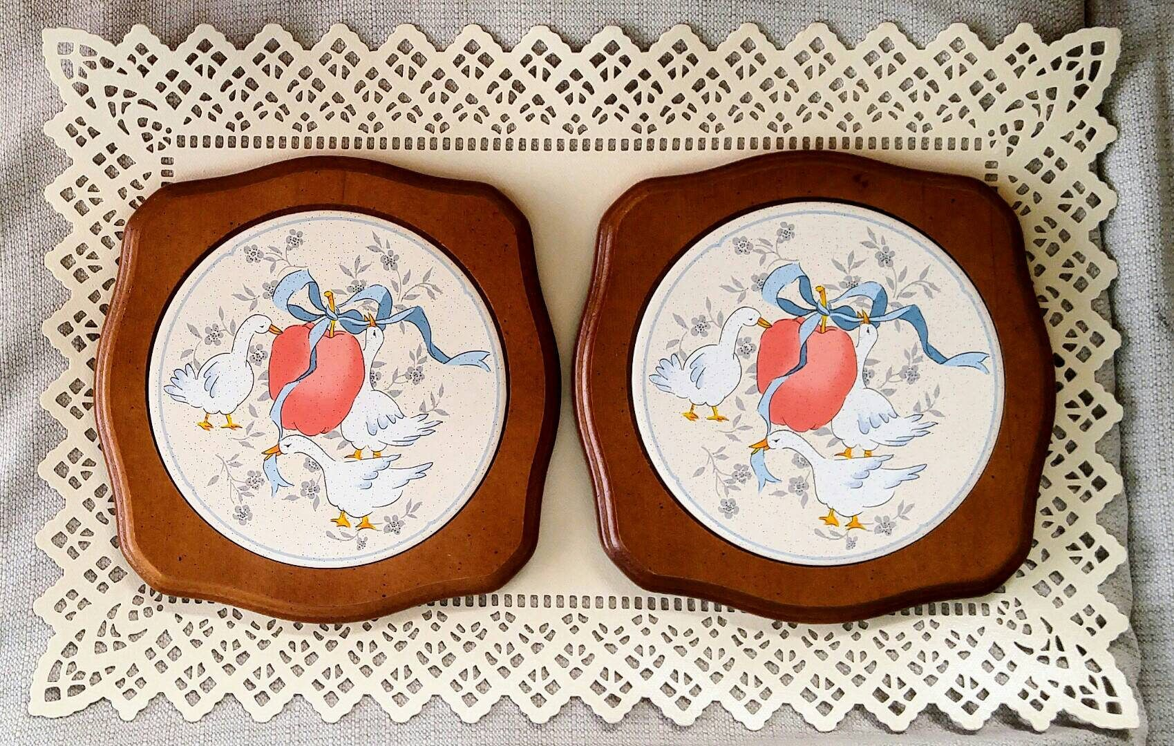 Vintage geese trivet goodwood wall plaque wood frame ceramic tile vintage geese trivet goodwood wall plaque wood frame ceramic tile inlay goose hot plate tableware country farmhouse 70s kitchen decor taiwan dailygadgetfo Image collections