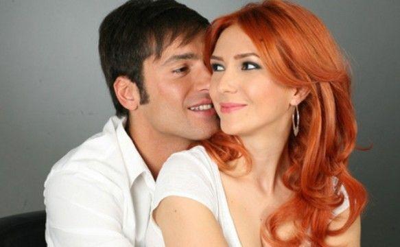 Adela Popescu promoveaza inelul contraceptiv on http://www.fashionlife.ro