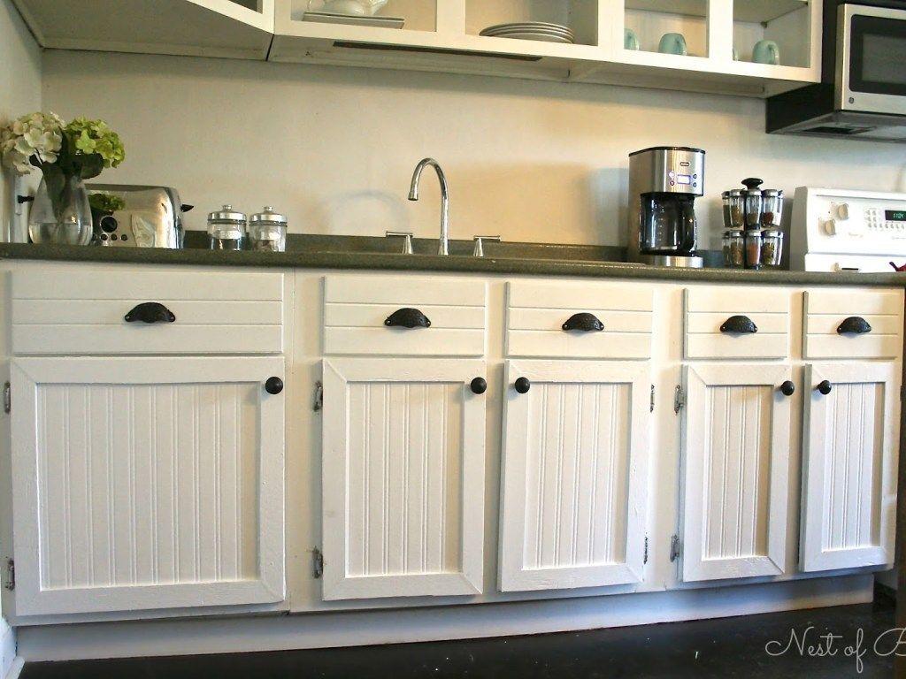 16 Beadboard Cabinets Beadboard Cabinets Ramekitchen Com Beadboard Kitchen Wainscoting Kitchen Beadboard Kitchen Cabinets