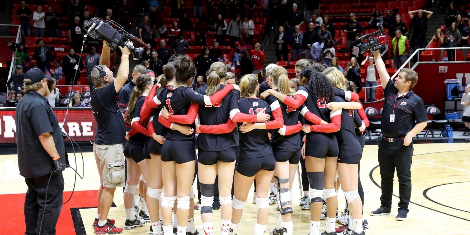 The University Of Utah Volleyball Program Will Open Its 2017 Campaign In The National Rankings A The University Of Utah University Of Utah Coaching Volleyball