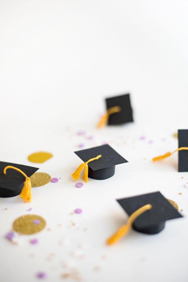 Mini Graduation Caps Cupcake Toppers Diy Cupcake Toppers Diy Toppers Diy Diy Graduation Cap