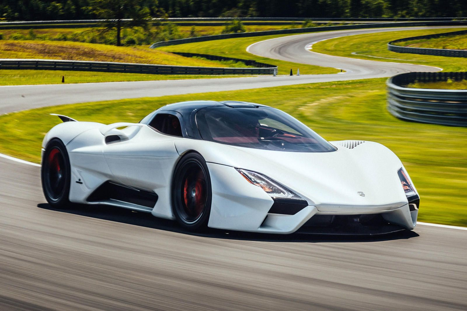 Ssc Tuatara Ready To Become Fastest Car In The World Tuatara Super Cars Most Expensive Car