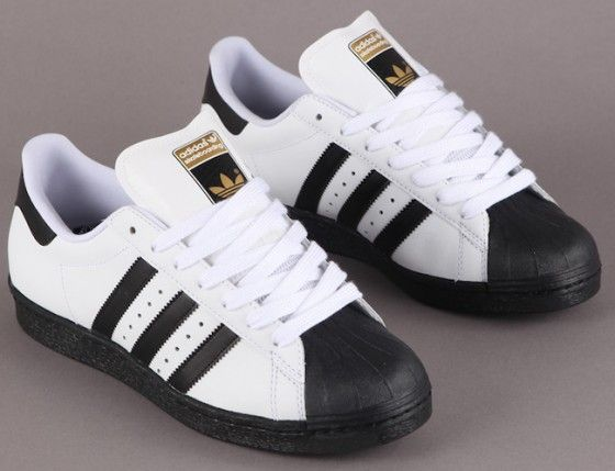 competitive price 07025 7800a Adidas shell toes