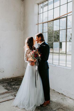 Brautkleid Blau, mit Spitzentop und Tüllrock | Spitzentop ...