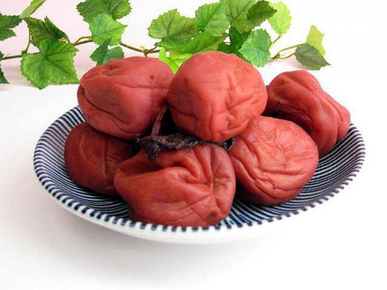 El Umeboshi combate la acidosis y la fatiga