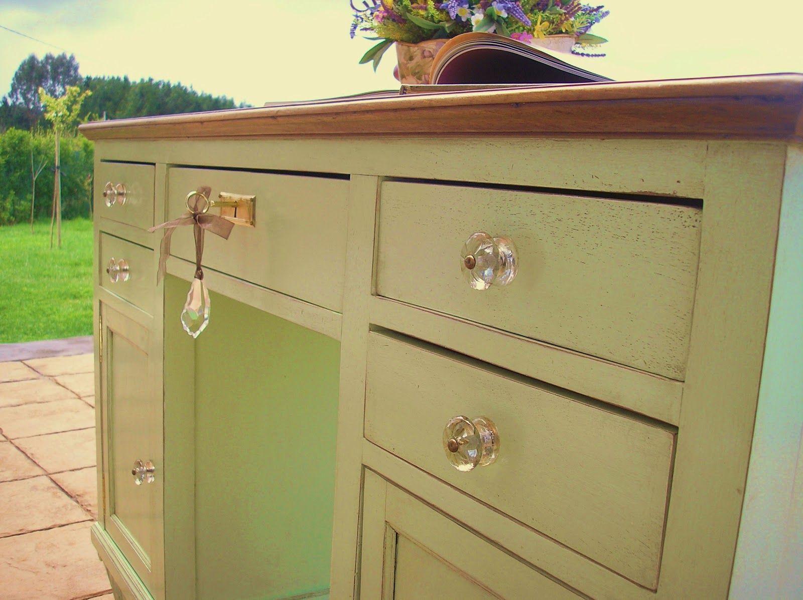 escritorios antiguos escritorio antiguo de madera de nogal lacado en verde agua y acabado