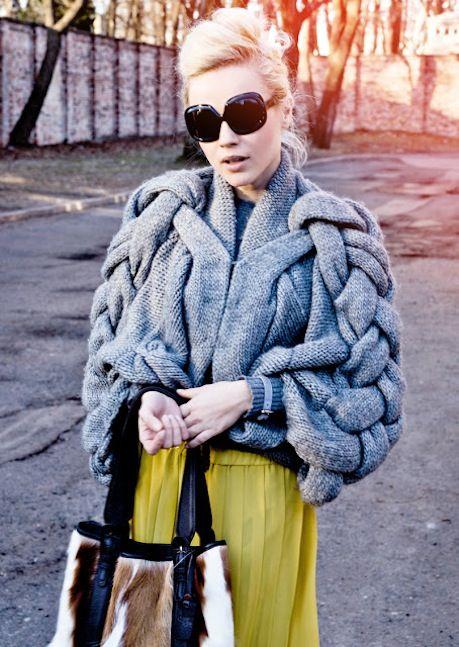 Sweter Stefanel  http://neomedia.info/stylizacje-anny-skury-i-love-stefanel/