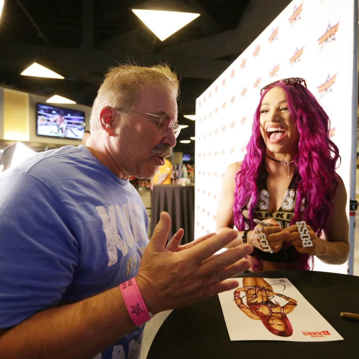 The hardy boyz and sasha banks mingle with the wwe universe at the hardy boyz and sasha banks mingle with the wwe universe at summerslam meet greet kristyandbryce Choice Image