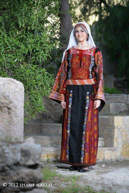 Traditional Palestinian Thobe | فلسطين. Palestine | Pinterest