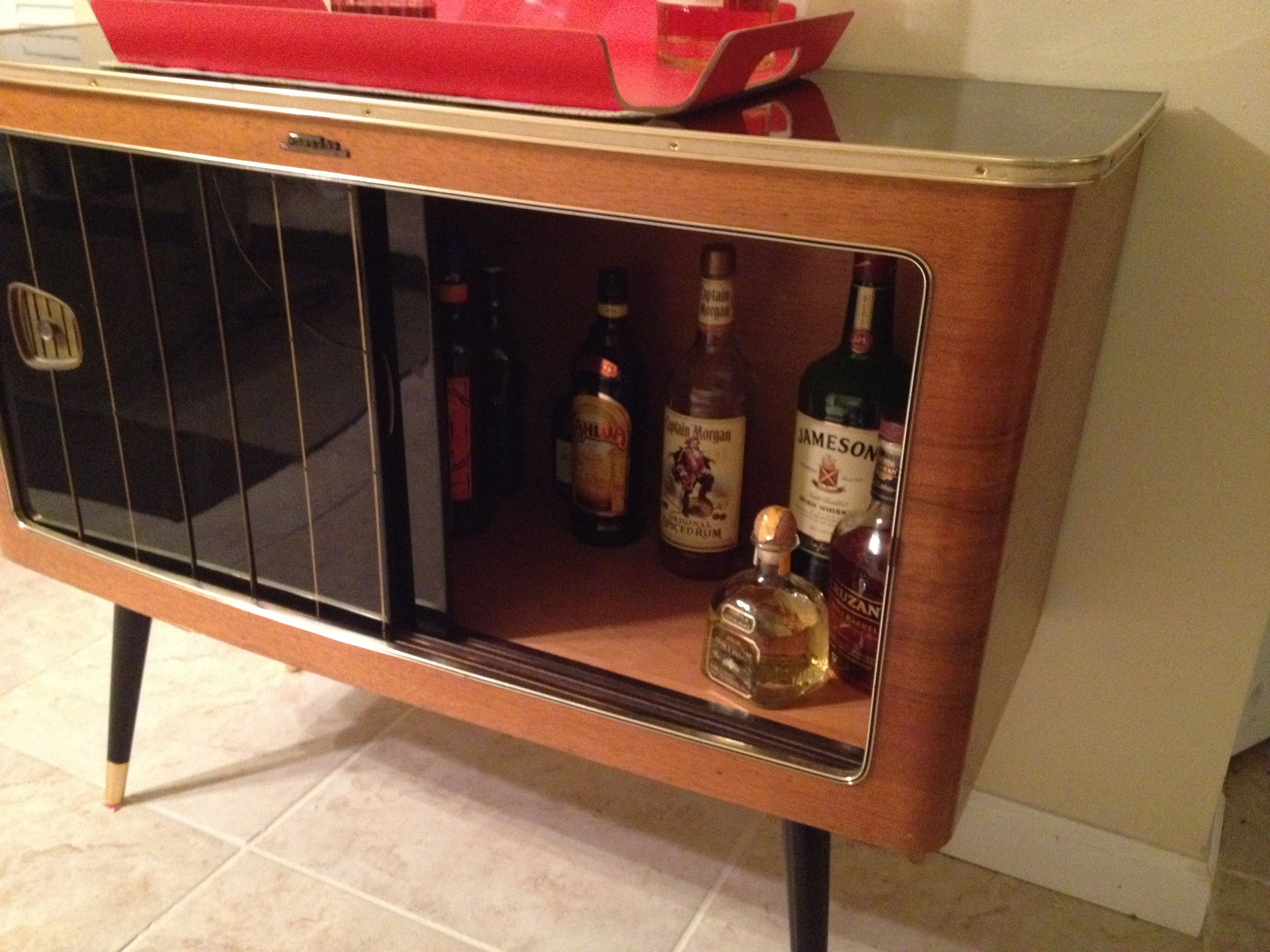 DIY Liquor Cabinet & This Guys Old Radio Cabinet Just Stopped Working. So He Turned It ...