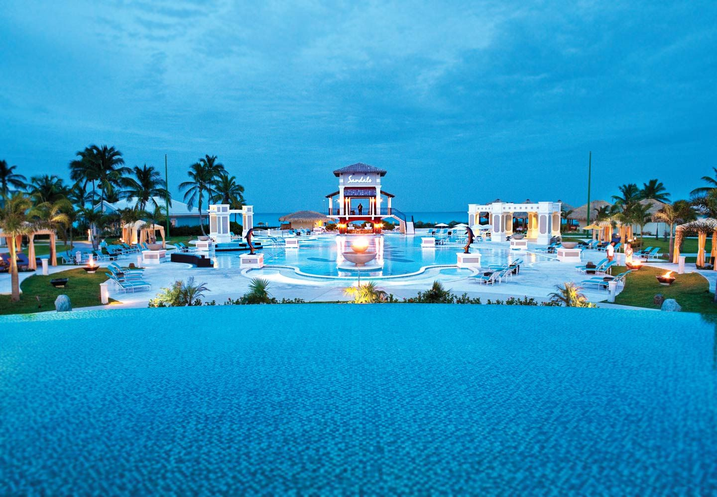 Luxury Bahamas Resort Hotel All Inclusive Vacations Sandals Emerald Bay In