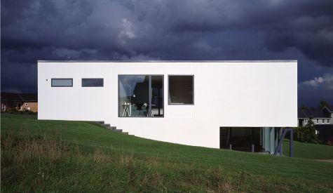 M2 - Delta House