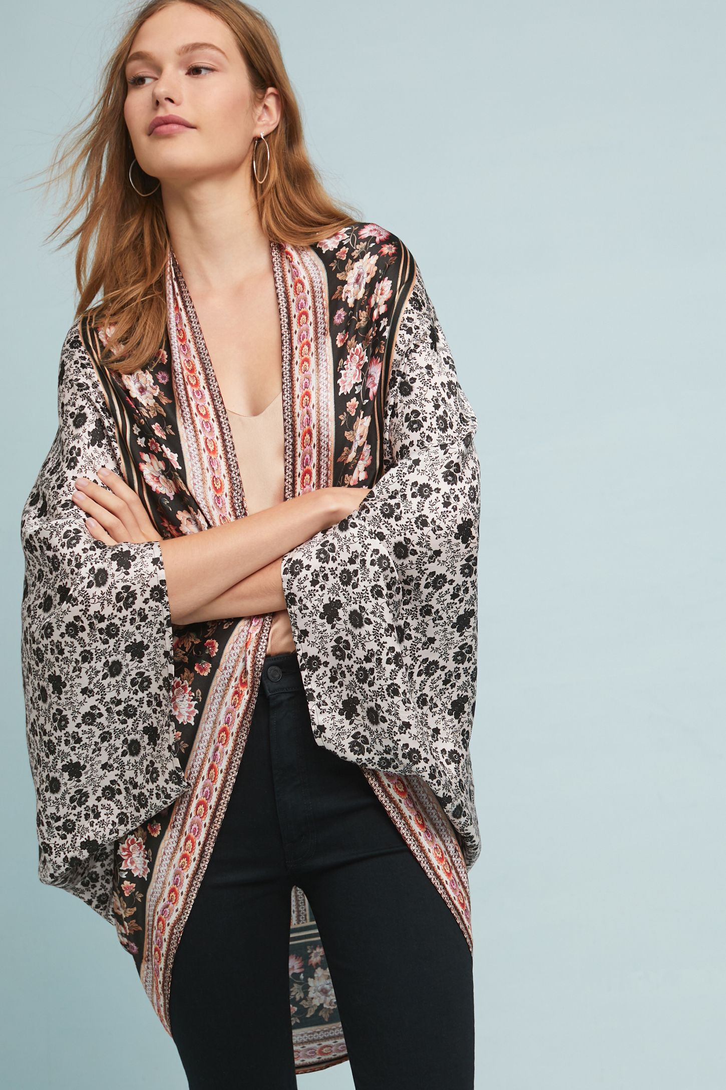 e67249c5e96 Slide View: 4: Kachel Mirrored Floral-Silk Kimono | Boho dreams ...