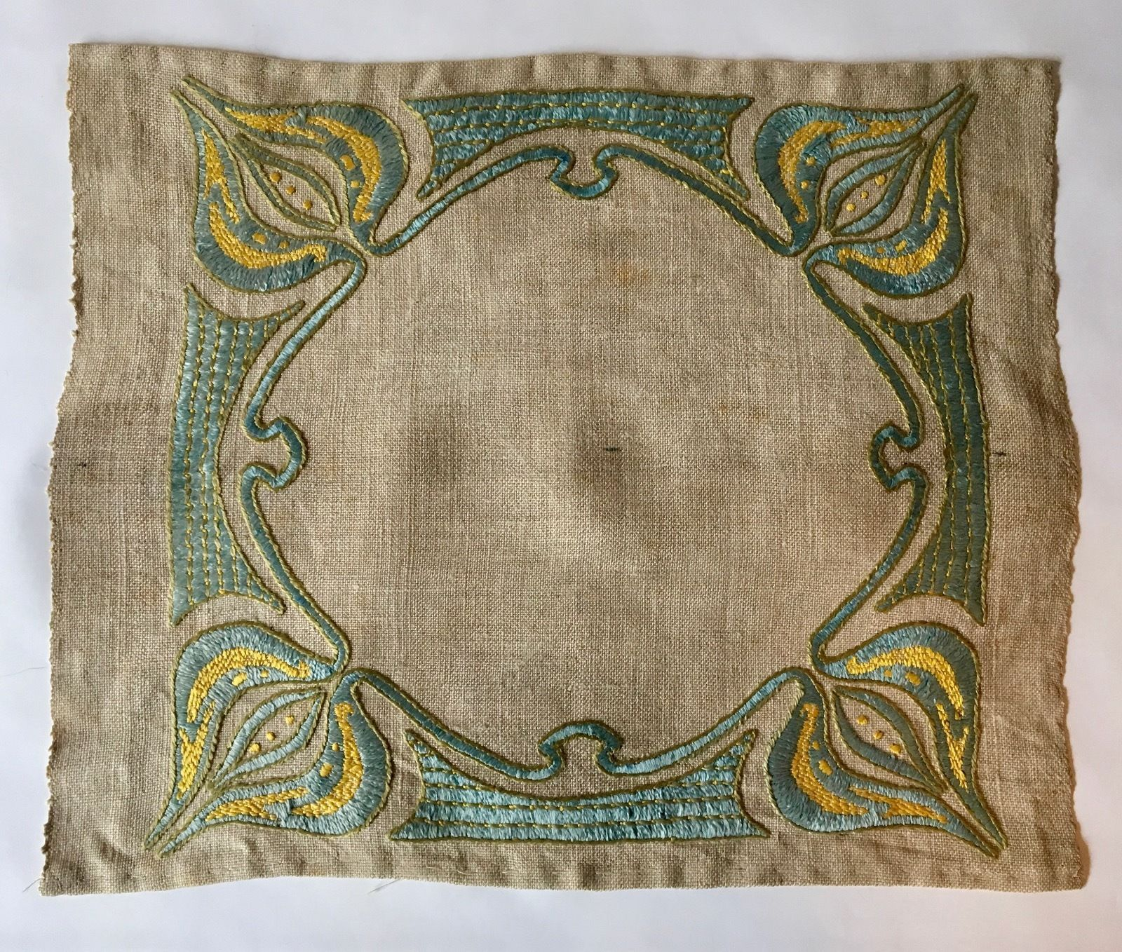 Vintage hand embroidered arts u crafts linen beautiful design and
