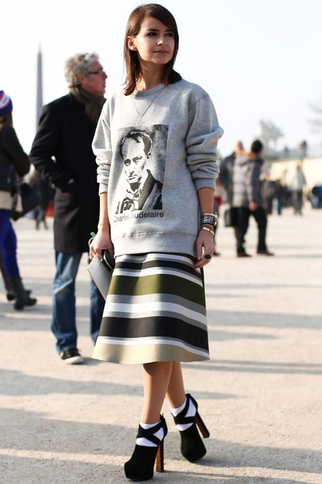 The perfect sweatshirt for your striped skirt (cuz nothing goes with it) and your donkey clogs