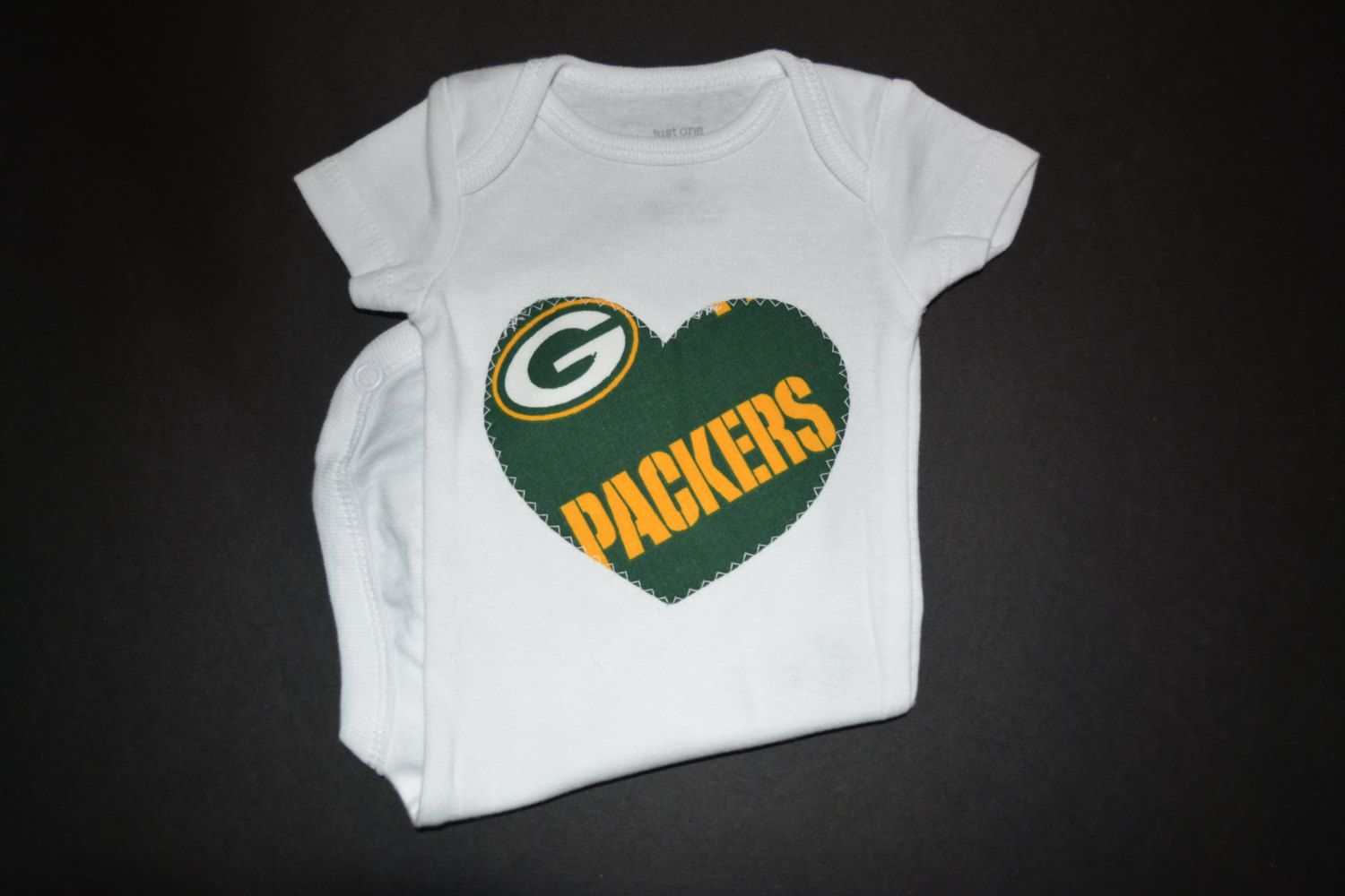 Green Bay Packers Baby Green Bay Packers Outfit Packers Kids Clothes Green Bay Packers Green Bay Packers Clothing Green Bay Packers Shirts Heart Bodysuit