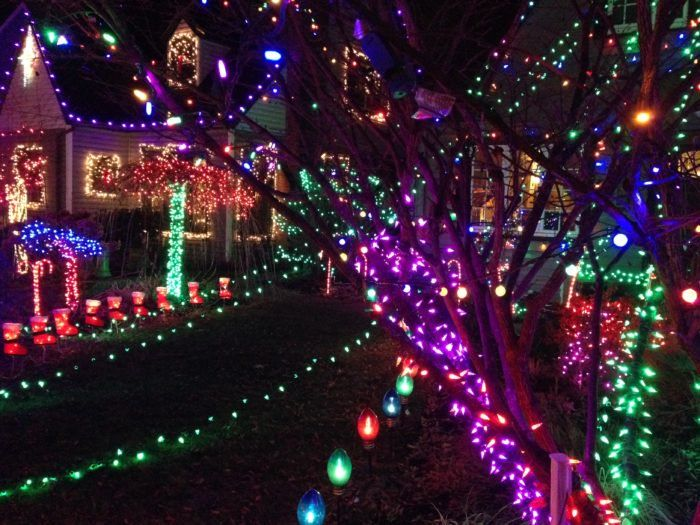 7 Magical Light Displays In Portland That Will Simply Mesmerize You This Season Christmas Lights Gatlinburg Tennessee Christmas Tennessee Christmas