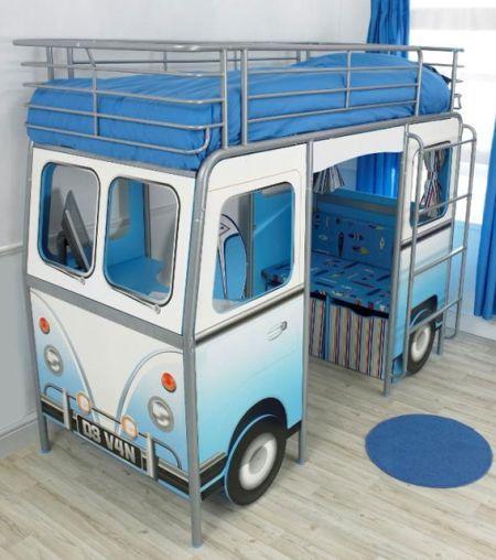 Kinderbett junge bus  Ein VW Bus für Kinder mit Bett, Schreibtisch, Sitzecke und ...