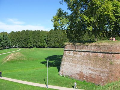 Lucca and its walls
