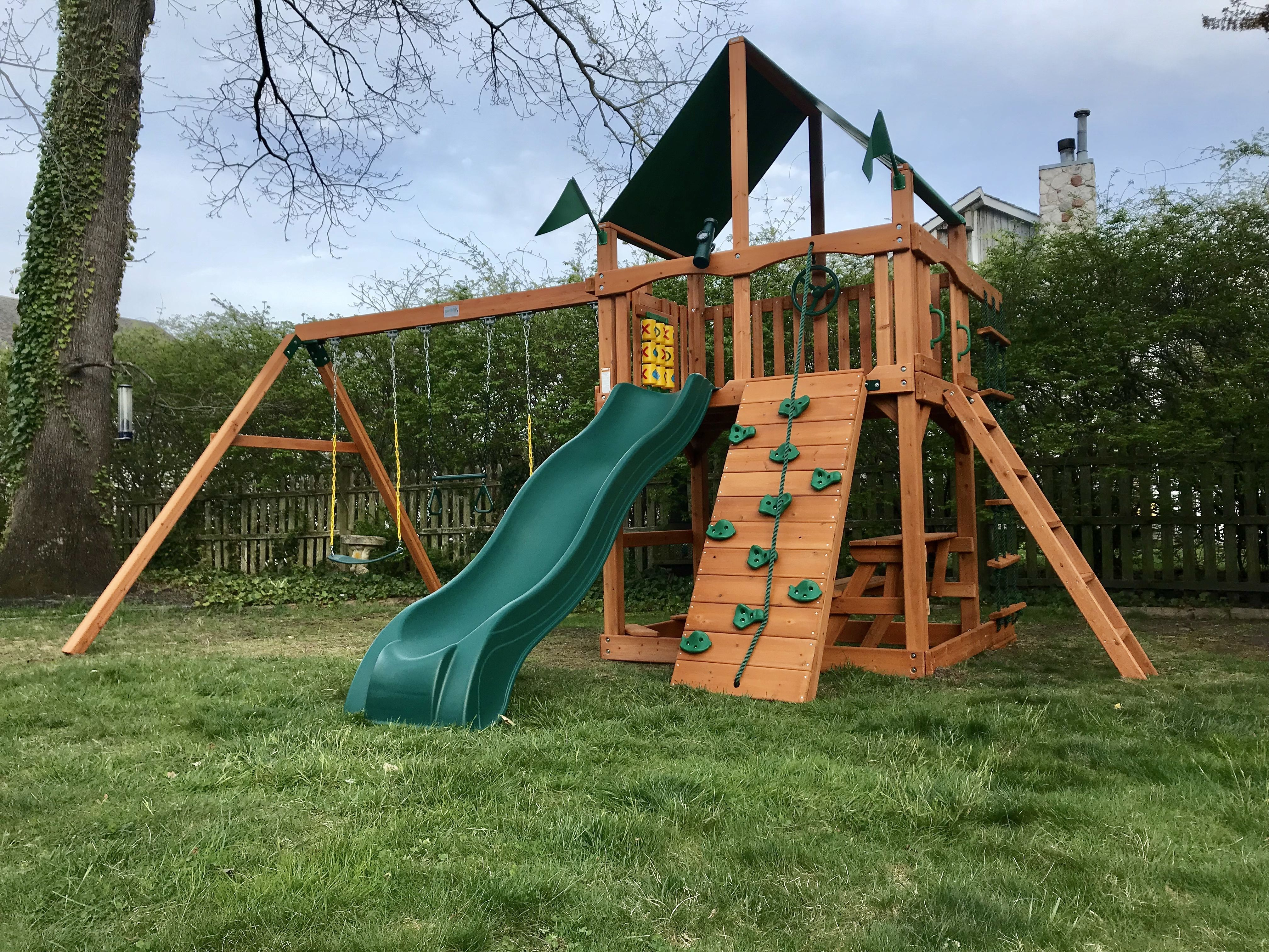 Gorilla Playsets Chateau Deluxe Green Vinyl Swing Set Beautiful