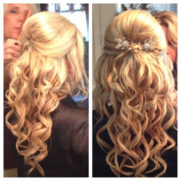 Half Up Hair Flowers To Post Wedding Hairstyles For Medium Length Hair Half Up Half Down By Ada Half Up Hair Hair Styles Hollywood Hair