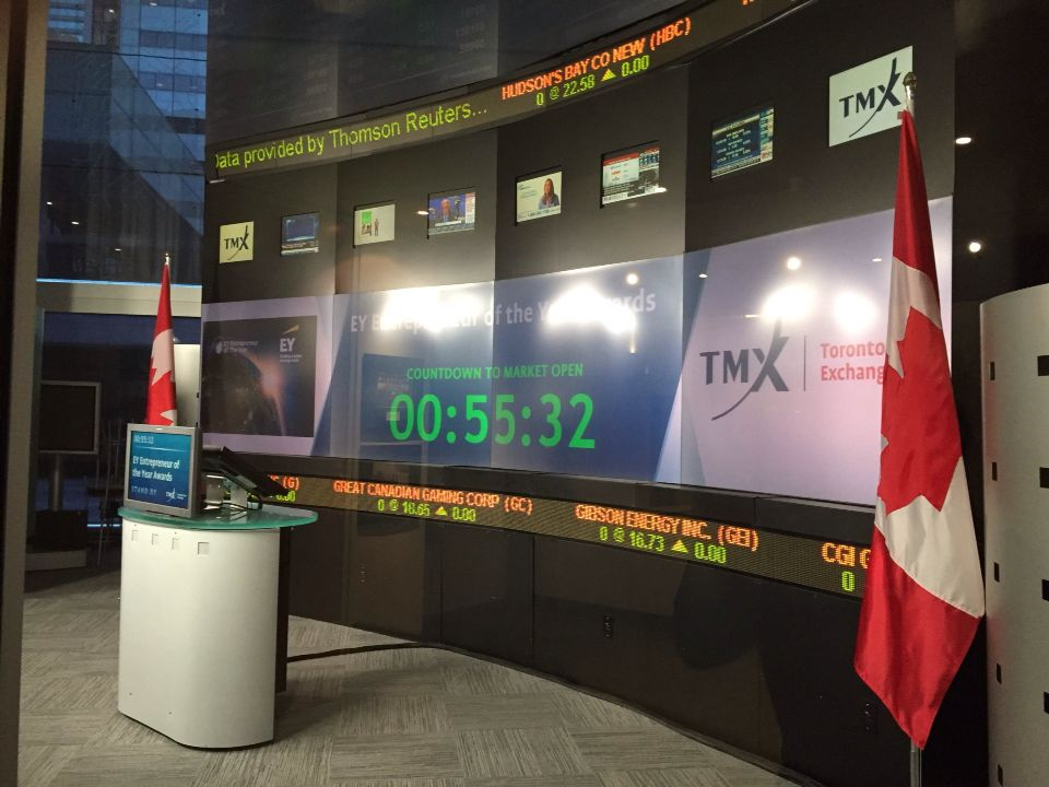 Kathy hit the #TSX this AM for the opening bell to kick of EY's #EOY Awards! Tune in to @BNN right now. @EYCanada