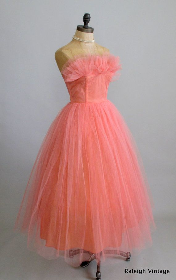 Vintage 1950s Prom Dress : 50s Strapless Peach Tulle Party Dress ...