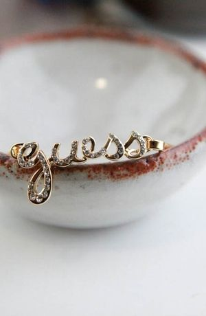 GUESS Script Guess Wire Bangle #accessories  #jewelry  #bracelets  https://www.heeyy.com/suggests/guess-script-guess-wire-bangle-gold/