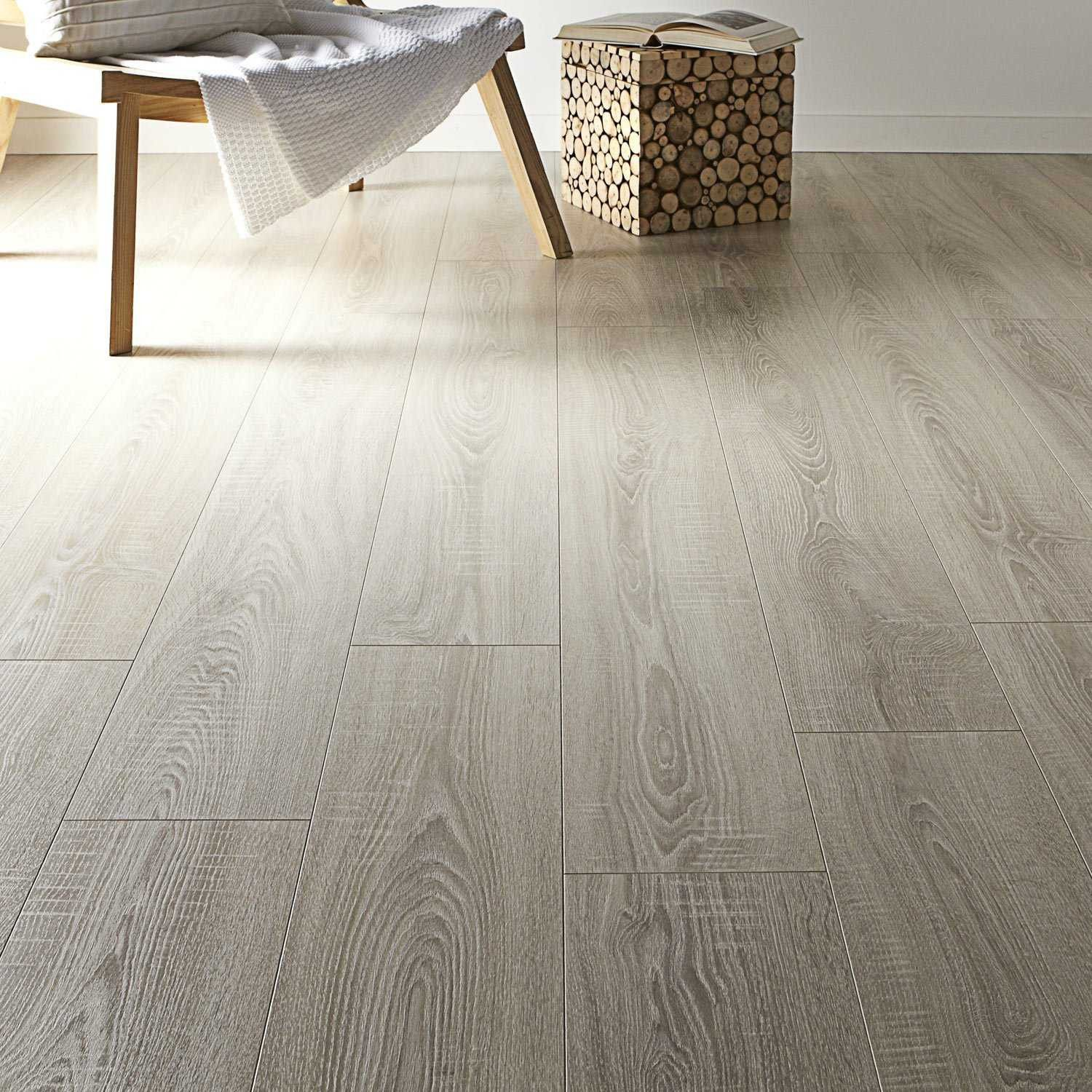 Awesome Parquet Flottant Le Roy Merlin Sol Stratifie Revetement De Sol En Vinyle Revetement Sol