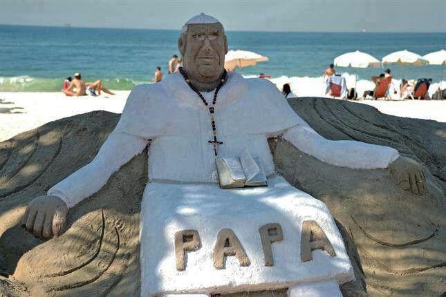 Papa de areia em Copacabana.