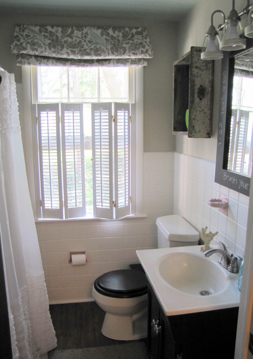 Room Decorating Before and After Makeovers   Easy bathrooms ...