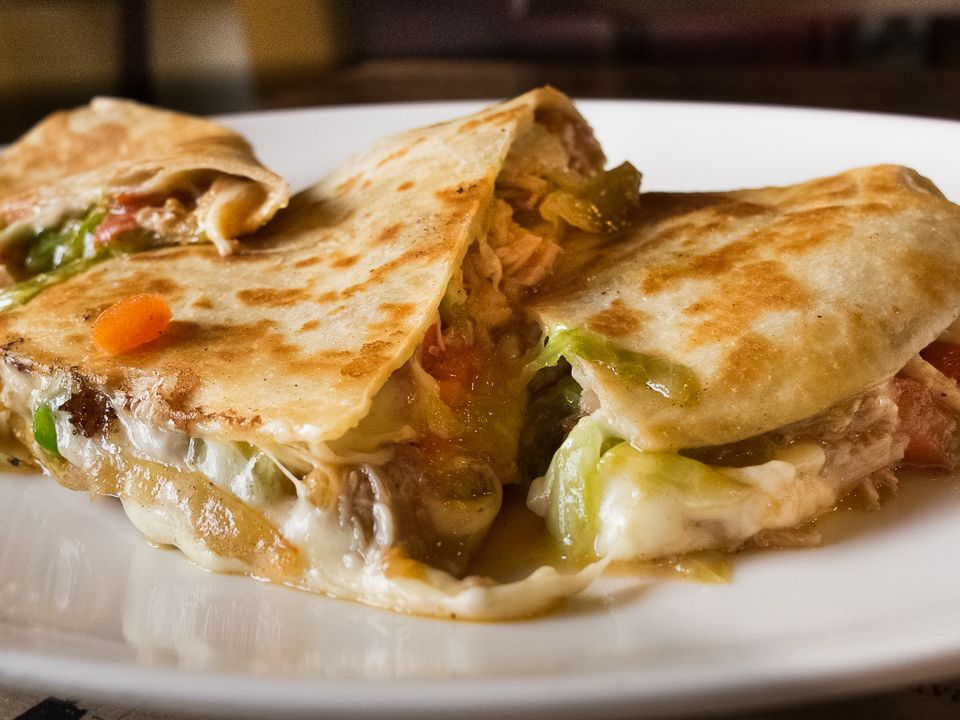 Try The New Chicken Quesadilla Leslie Mariani Cafecorso