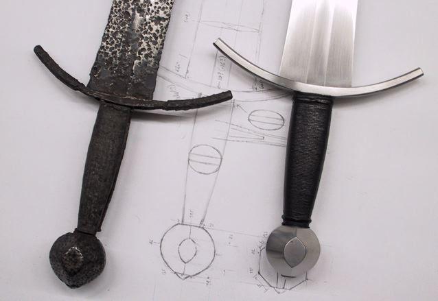 La espada medieval: Del original a la réplica de buena calidad (nada que ver con lo que venden en las tiendas de recuerdos de la ciudad de Toledo).