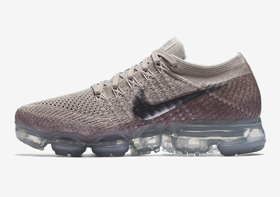 b07a550b51a3 Official images and release info for the women s Nike VaporMax in String  with Chrome accents (Style code  849557-202).