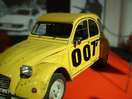 The Citroen 2cv From For Your Eyes Only James Bond For Your Eyes Only Citroen 2cv