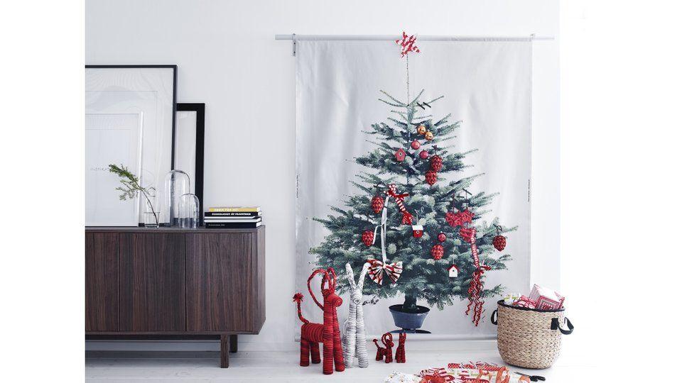 je fais rentrer un sapin dans mon petit salon sapin ikea et no l diy. Black Bedroom Furniture Sets. Home Design Ideas